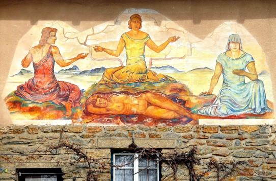 Klagenfurt_Sankt_Martin_Konradweg_11_Fresco_von_Bestereimer_Drei_Nornen_16022009_77