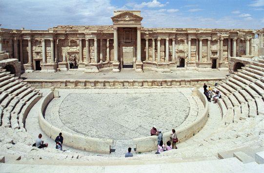 1280px-Palmyra_theater02(js)