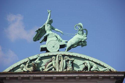 carlsberg_bryghus_-_thor_sculpture