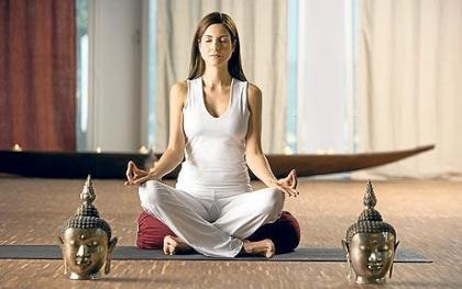 woman_meditating_1134341c
